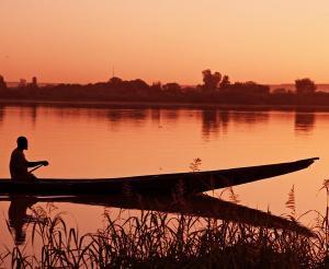 Südafrika, Simbabwe & Botswana - Tierparadies mit tosenden Wasserfällen (feste Unterkünfte)